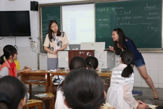 Annie and Yiyi teaching class 4, 2015